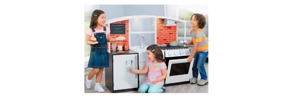 Кухни и кухонные аксессуары
