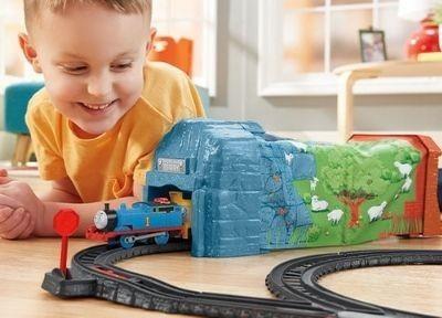 Autod, rongid ja rajad